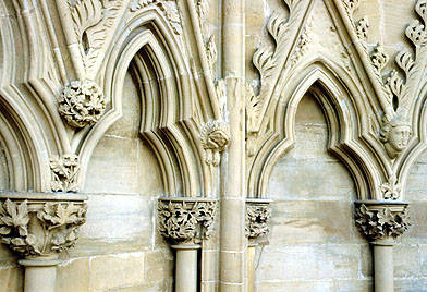 Looking at Buildings: Detail: Norman to Gothic